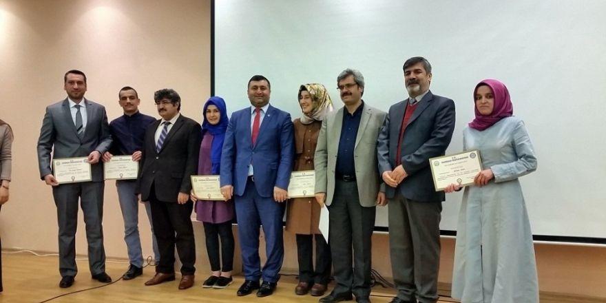 Dereceye giren öğrencilere başarı belgesi verildi