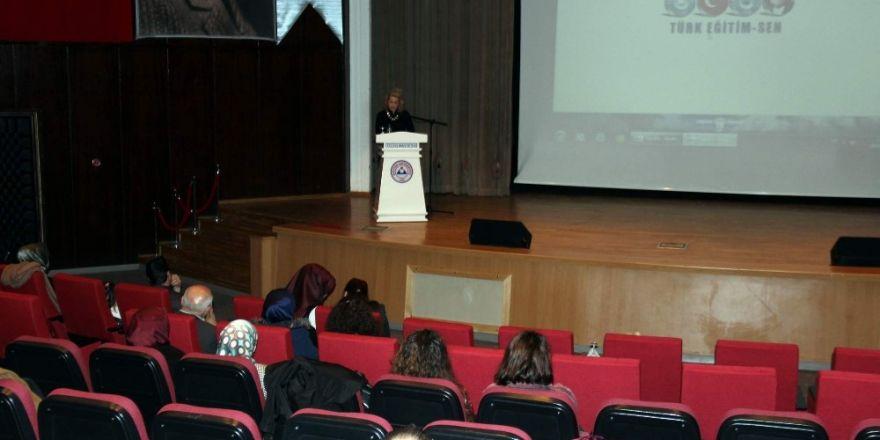 Türk Eğitim Sen'den 'Dünya Emekçi Kadınlar Günü' etkinliği
