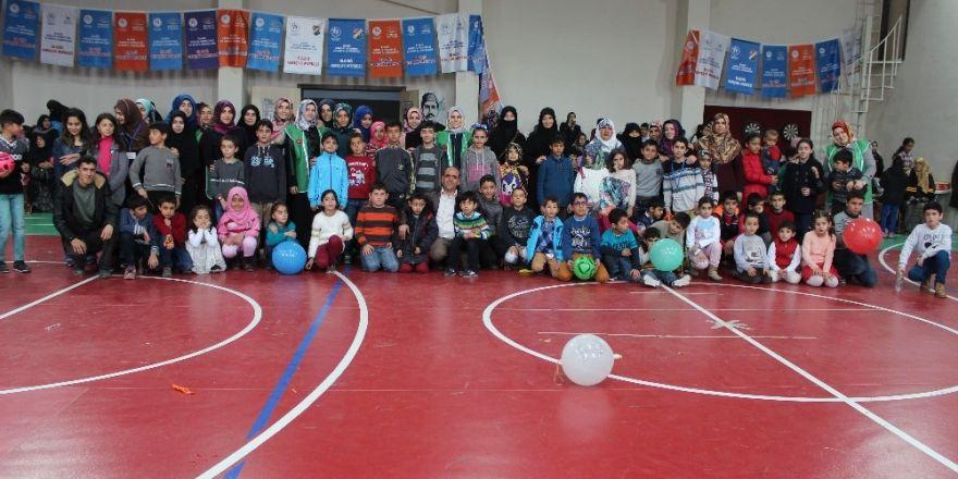 Elazığ'da yetim çocuklar 'Çocuk Şenliğinde' buluştu