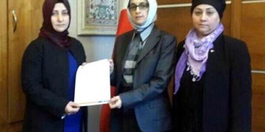 AK Parti'de yeni başkan Ünlü oldu