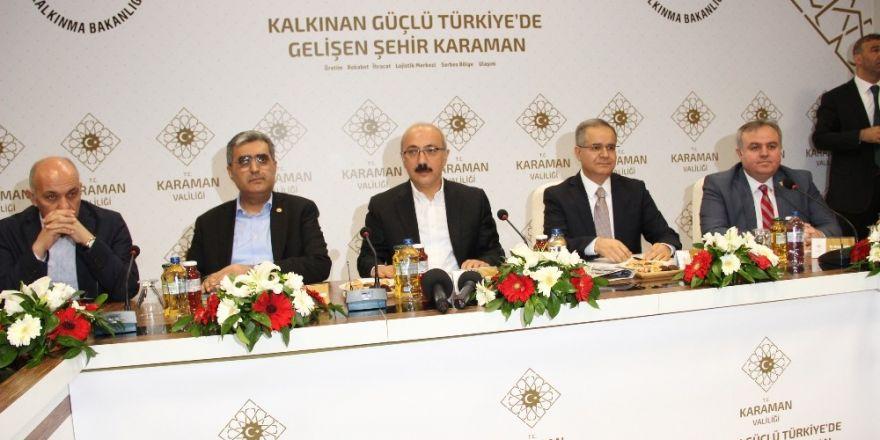 """Bakan Elvan: """"Son 3-4 yıldır Türkiye aleyhinde inanılmaz anti propanganda yürütülüyor"""""""
