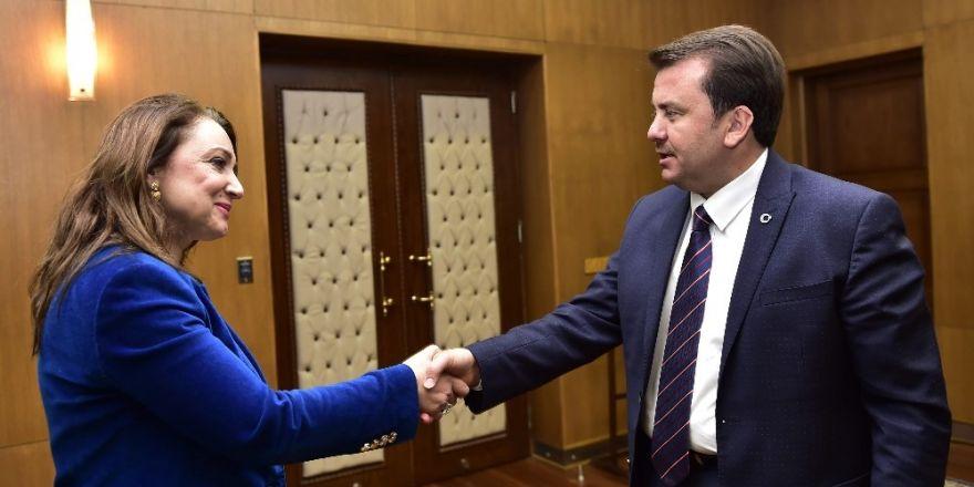 Başkan Atasoy, Kahramanmaraş'ta temaslarda bulundu