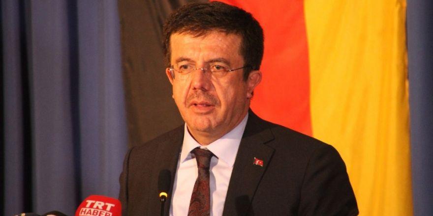 """Bakan Zeybekçi  """"Evet"""" oylarınızı Türkiye'nin geleceği için verin"""