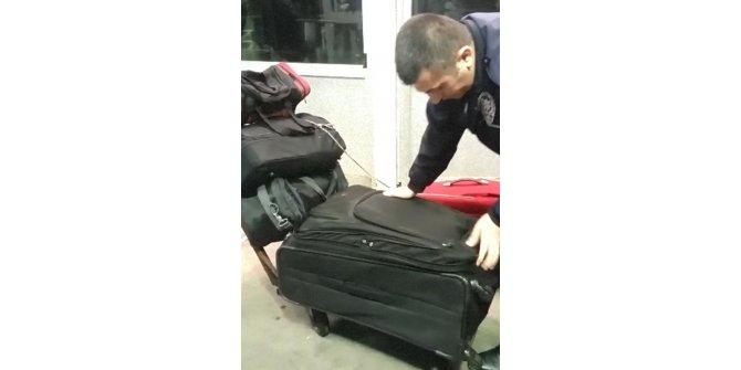 Valiz içinde kaçak geçiş denemelerine bir örnek daha