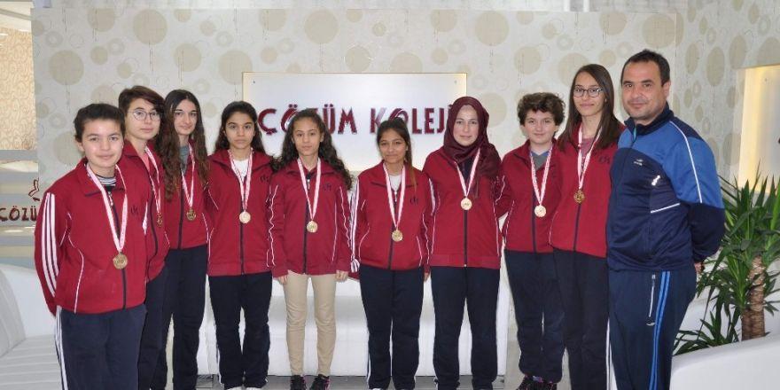 Yozgat Çözüm Fen Lisesi, Yıldız Kızlar Basketbol Müsabakalarında yarı finale çıktı