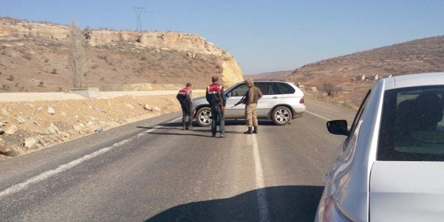 Mardin-Diyarbakır karayolunda bomba alarmı