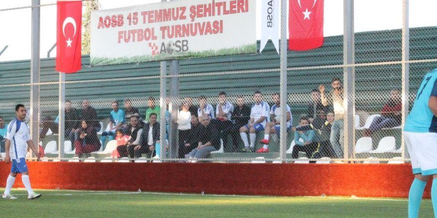 AOSB futbol şöleni başladı