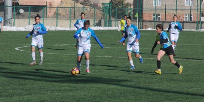 Hakkarigücü, Karabükspor'u 1-0 yendi