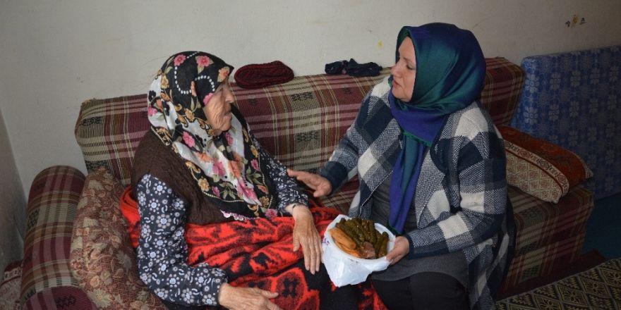 Kilis Belediyesi ile sıcak yemekler, gülen yüzler