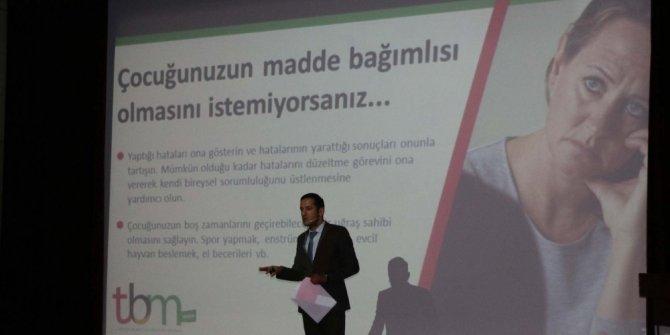 Belediye çalışanlarına madde bağımlılığı semineri