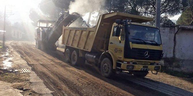 Büyükşehirin asfalt hamlesi hız kesmeden devam ediyor