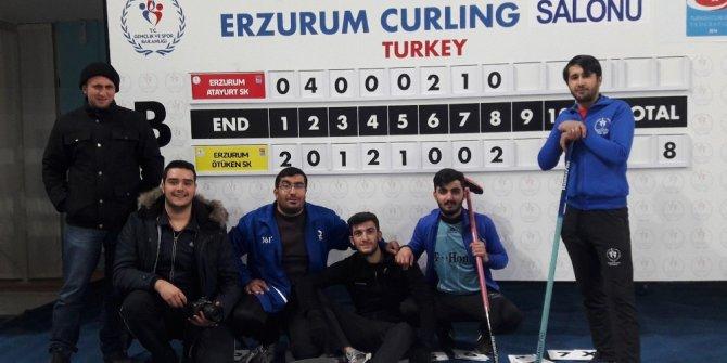 Güneş Vakfı Gençlik Kollarından Curling sporuna büyük ilgi