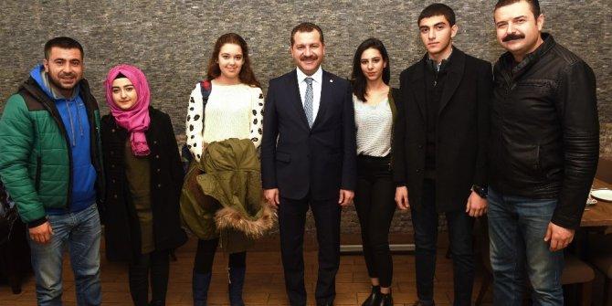 TÜGVA'lı gençler Karesi'de