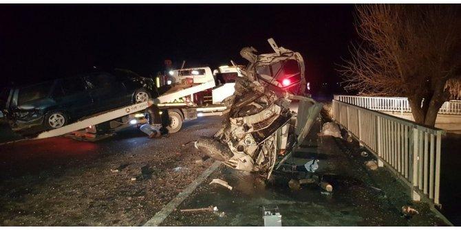 Gediz'de trafik kazası: 6 yaralı