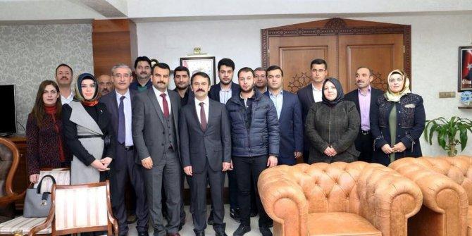 AK Parti merkez ilçe teşkilatı Vali Aktaş'ı ziyaret etti