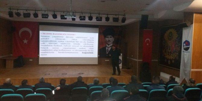 Polis'ten belediye çalışanlarına 'Narkorehber' eğitimi
