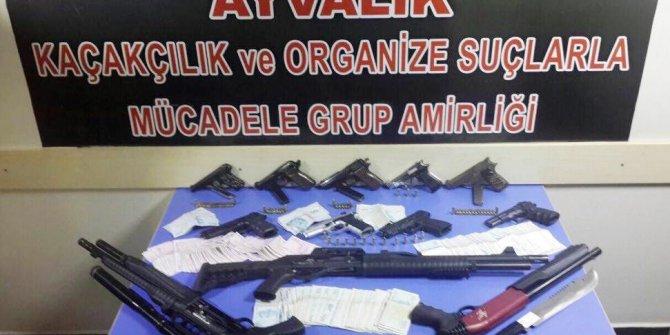Balıkesir'de helikopter destekli operasyon: 17 gözaltı