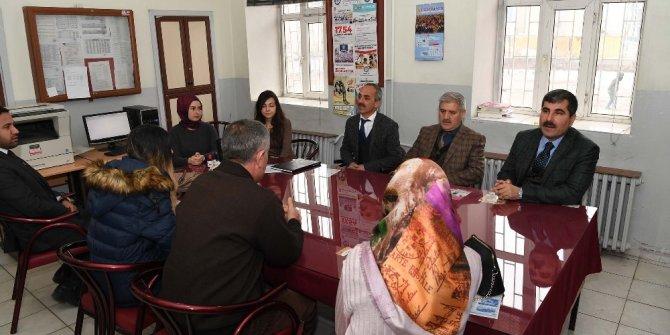 Başkan Asya'dan Atatürk İlkokuluna ziyaret