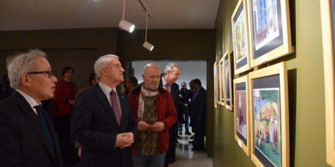 Edebiyat Fakültesi Sergi Salonu açıldı