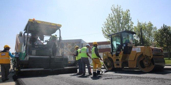 Kocasinan Belediyesi 2017 yılında 260 bin ton asfalt serdi, 180 kilometre yol yaptı