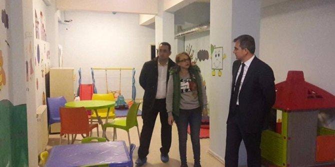 Başkan Yemenici, oyun evini ziyaret etti