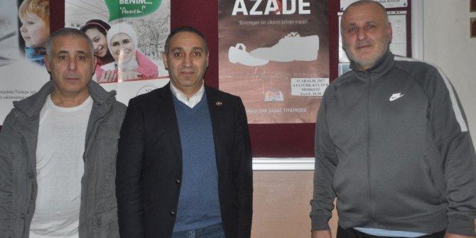 """KATİB Başkanı Yılmaz, Zonguldak'ta """"Azade"""" isimli tiyatroyu izledi"""