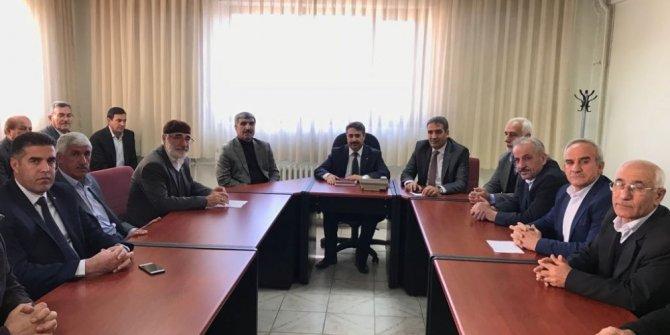 Alkayış il genel meclis üyeleriyle bir araya geldi