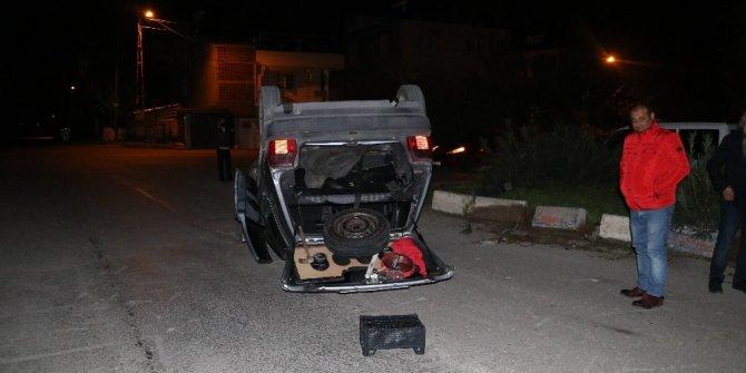Adana'da bir otomobil takla attı: 1 yaralı