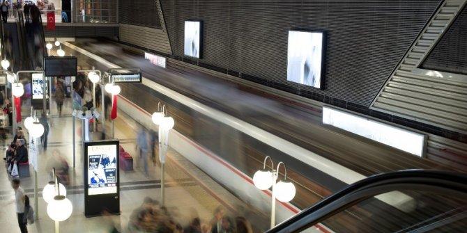 Metro seferlerine test molası