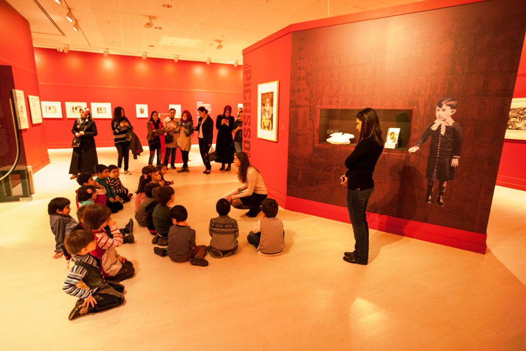 Kreş Öğrencilerine Picasso Sergisi
