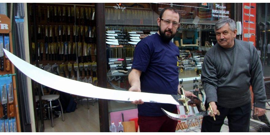 Adam boyu kılıç yaptı, siparişlere yetişemiyor