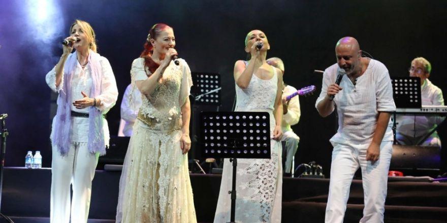 İzmir'de kadınlar günü için festival gibi program