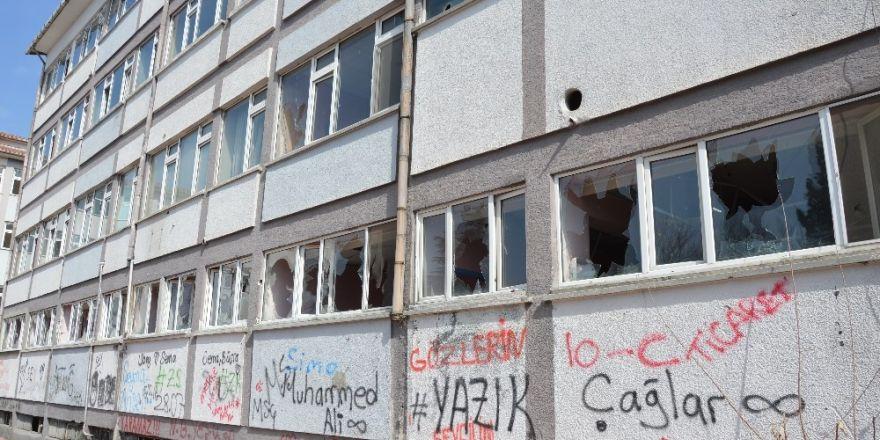 Niksar eski devlet hastanesinin binası yıkılacak