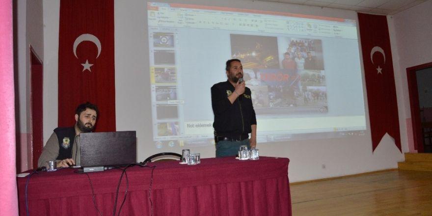 Niksar'da lise öğrencilerine terör semineri