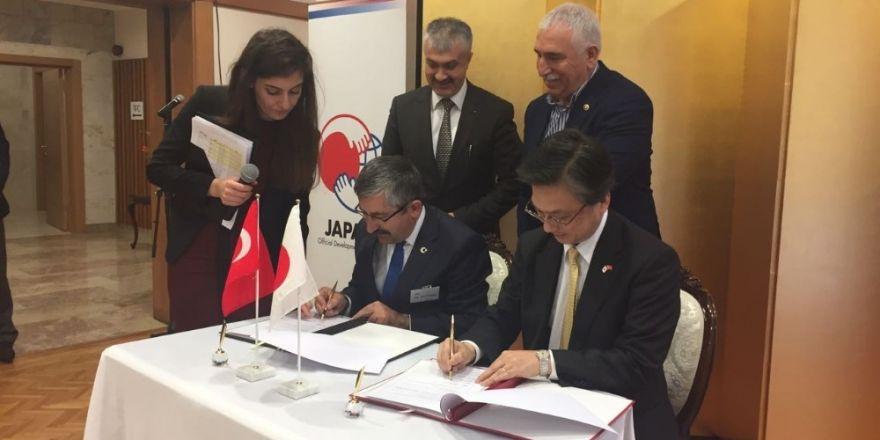 Japonya Büyükelçiliğinden okul yenileme projesine destek