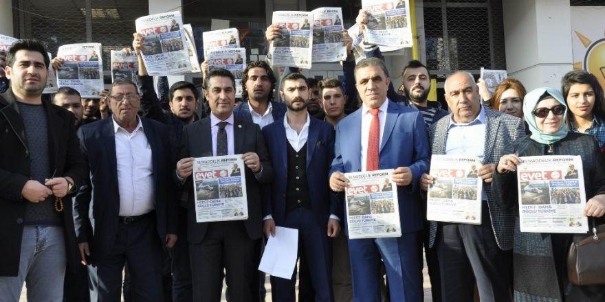 AK Parti Gençlik Kolları, Kılıçdaroğlu'na Diyarbakır'dan gazete gönderdi