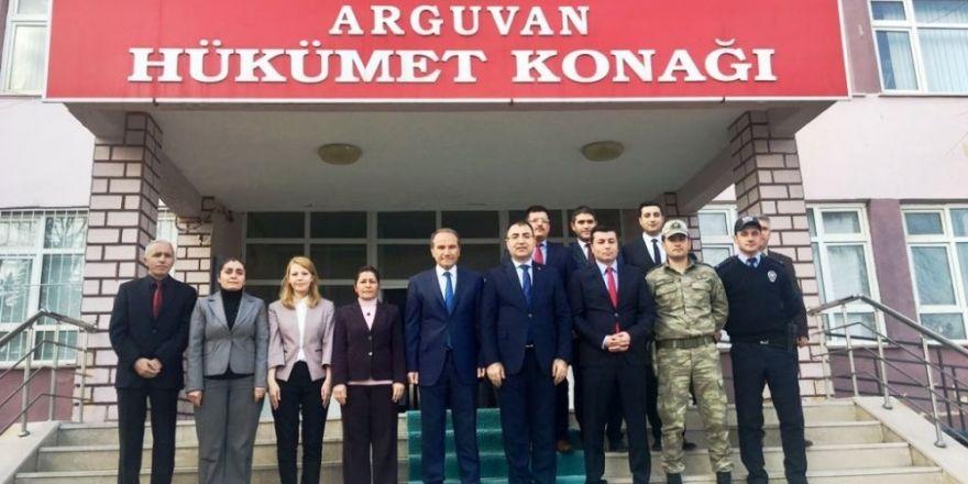 Malatya Valisi Mustafa Toprak'dan yeni Kaymakama hayırlı olsun ziyareti
