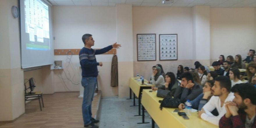 ADVAK'tan borsa yarışmasına katılacak olan öğrencilere destek