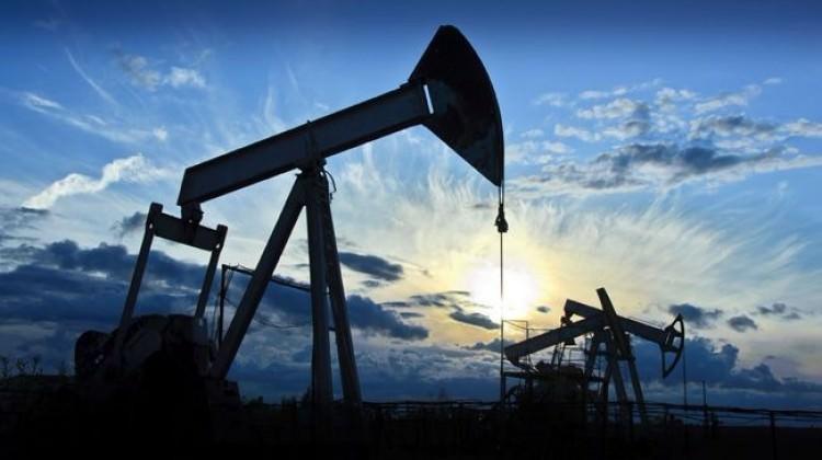 Petrolün varil fiyatı 70 doları aştı