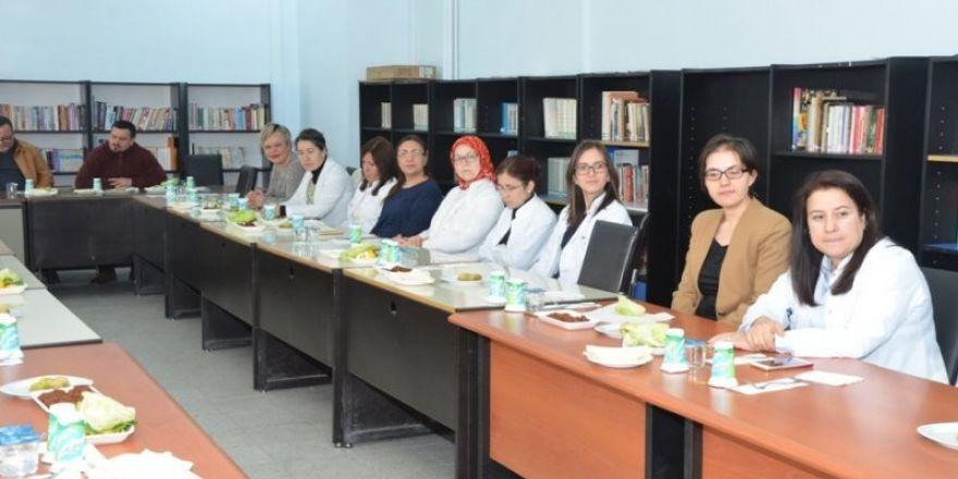 Milli Eğitim İl Müdürü Durmuş kadın öğretmenlerle buluştu