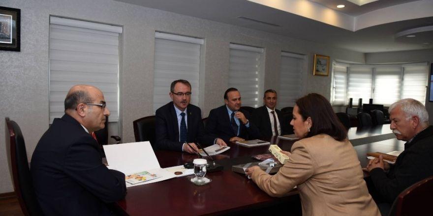 Adana'da turunçgil merkezi kuruluyor