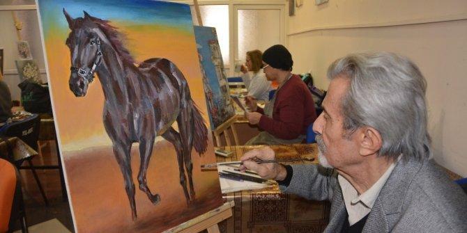 YIL-MEK'li ressamların eserleri göz kamaştırıyor