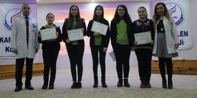 Kardelen Koleji'nde 3.geleneksel şiir okuma yarışması düzenlendi