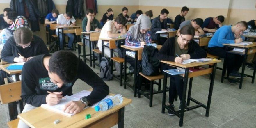 12. sınıf öğrencileri YGS provası yaptı