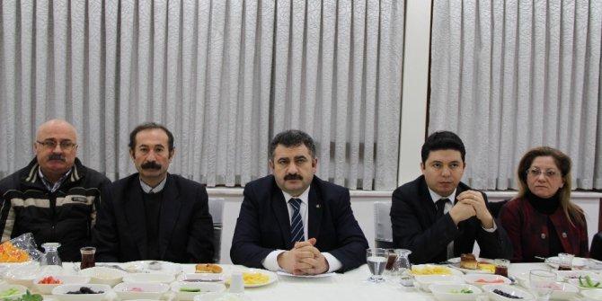 CHP teşkilatları gazetecilerle buluştu