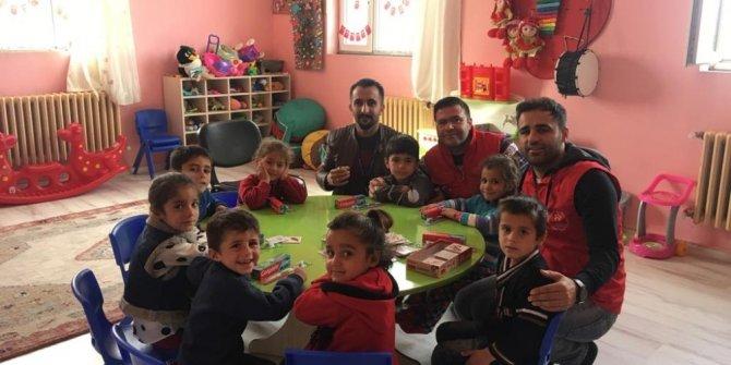 Köy okulu öğrencilerine ağız ve diş sağlığı