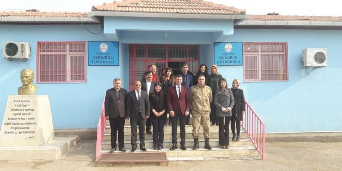 Başkan Konak okulları gezdi