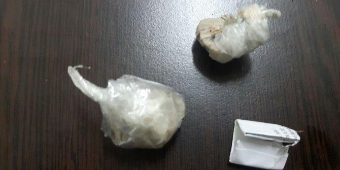 Üzerinde eroin bulunan şahıs gözaltına alındı