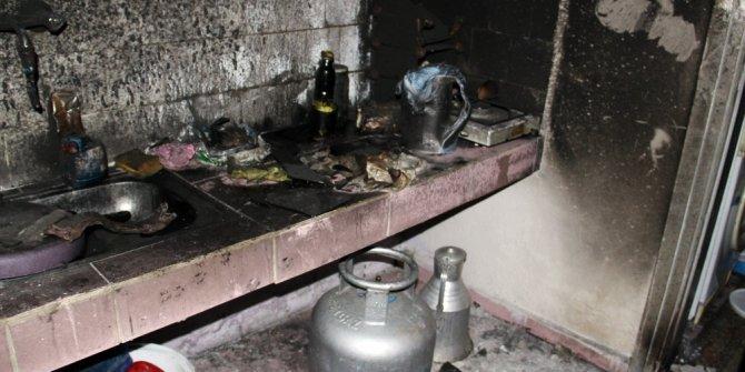 Evi yanan 3 çocuk babası yardım bekliyor