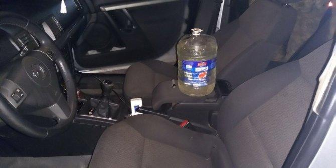 Jandarmanın durdurduğu otomobilde uyuşturucu düzeneği ele geçirildi